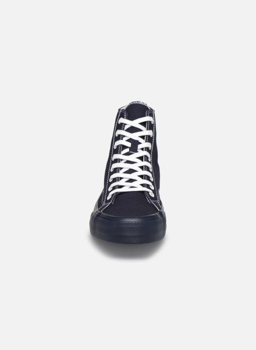 Sneaker Tommy Hilfiger MIDCUT LACE UP VULC blau schuhe getragen