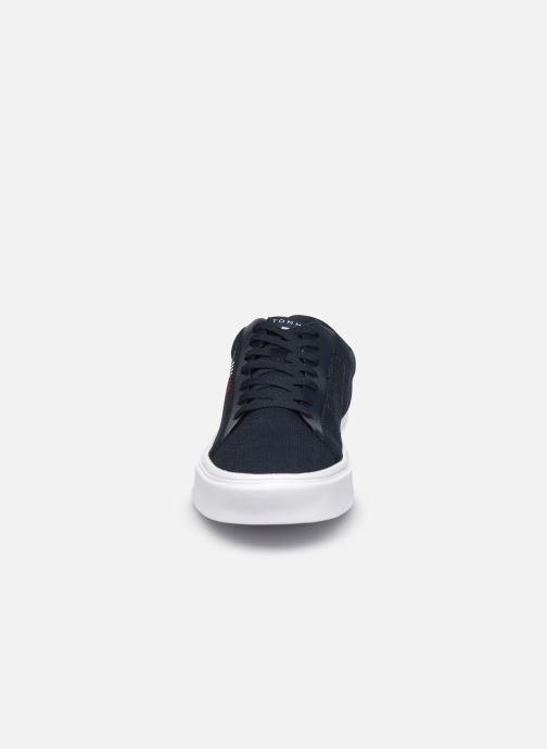 Sneaker Tommy Hilfiger LIGHTWEIGHT STRIPES KNIT SNEAKER blau schuhe getragen