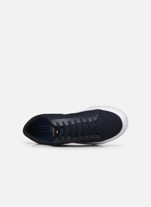 Sneaker Tommy Hilfiger LIGHTWEIGHT STRIPES KNIT SNEAKER blau ansicht von links