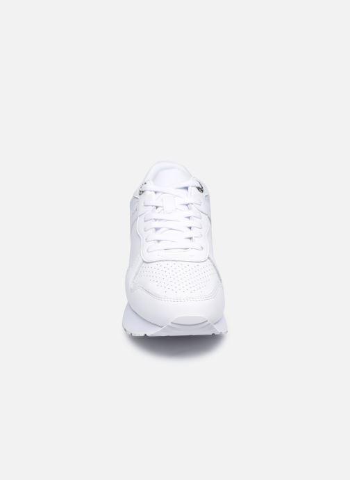 Sneakers Tommy Hilfiger DRESSY WEDGE SNEAKER Bianco modello indossato