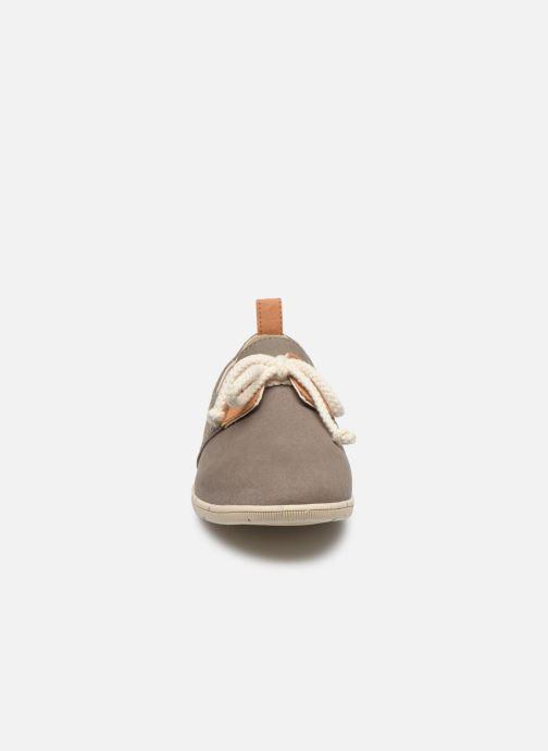 Baskets Armistice Stone One Organic Canvas Vert vue portées chaussures