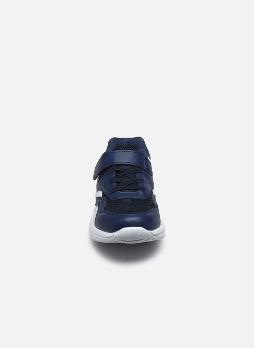 Sneakers I Love Shoes THONGE Azzurro modello indossato