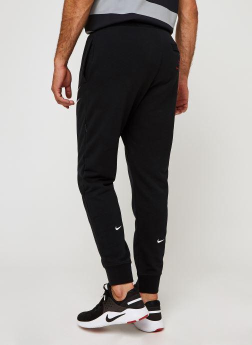 Vêtements Nike M Nsw Swoosh Pant Ft Noir vue portées chaussures