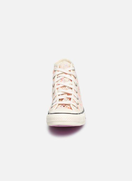 Baskets Converse Chuck Taylor All Star Boho Crochet Hi Multicolore vue portées chaussures