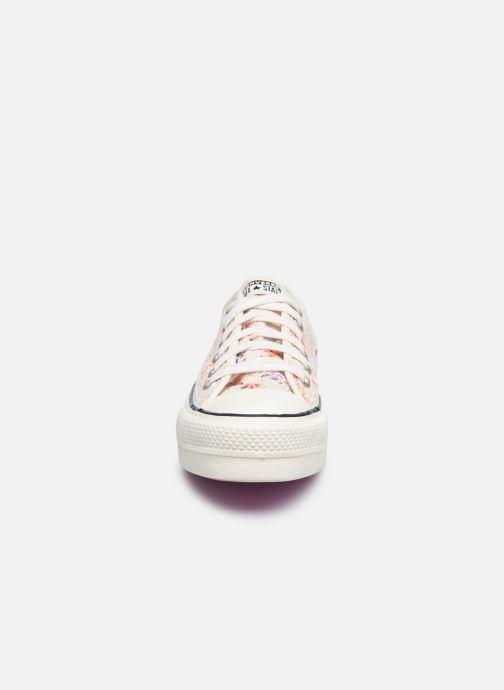 Sneaker Converse Chuck Taylor All Star Lift Boho Crochet Ox mehrfarbig schuhe getragen