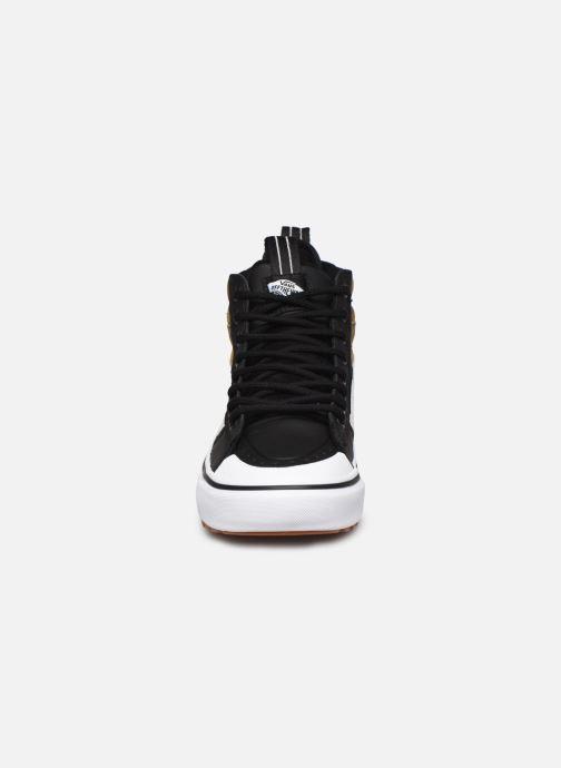 Baskets Vans UA SK8-Hi MTE 2.0 DX W Noir vue portées chaussures