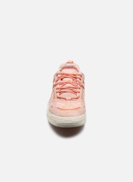 Baskets Vans UA Varix WC Rose vue portées chaussures