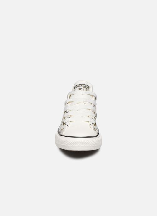 Baskets Converse Chuck Taylor All Star Camp Converse Ox Blanc vue portées chaussures