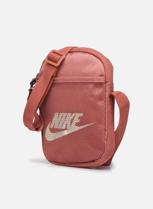 Sacs à main Nike Nk Heritage S Smit Rose vue portées chaussures