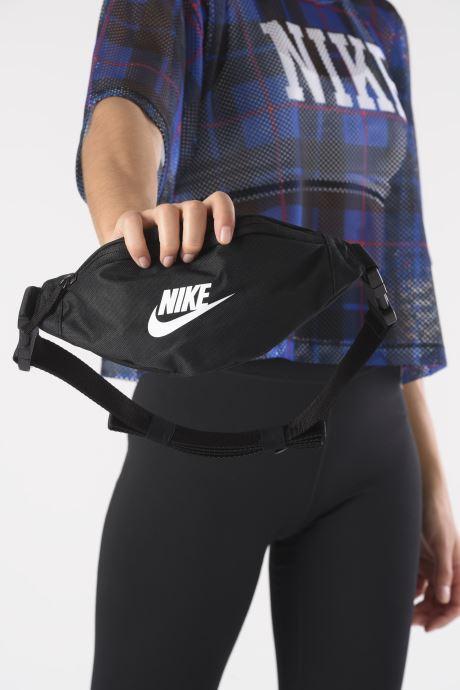 Sacs à main Nike Nk Heritage Hip  Pack - Small Noir vue bas / vue portée sac