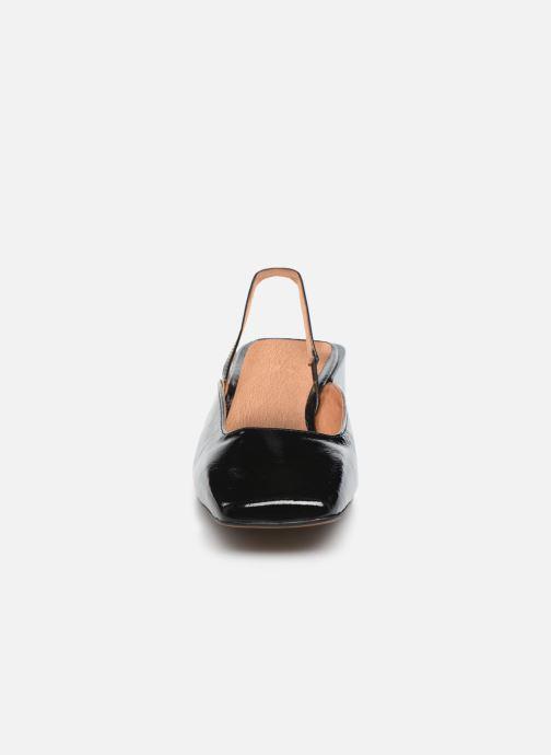 Sandali e scarpe aperte Jonak Bachata Nero modello indossato