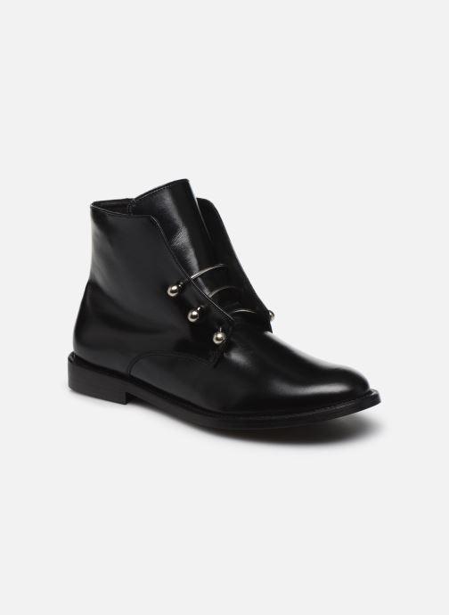 Boots - Dhavlen