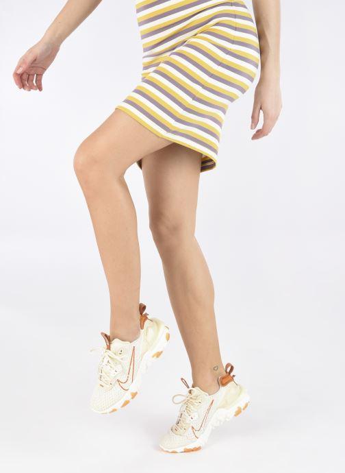 Sneaker Nike W Nike Nsw React Vision beige ansicht von unten / tasche getragen