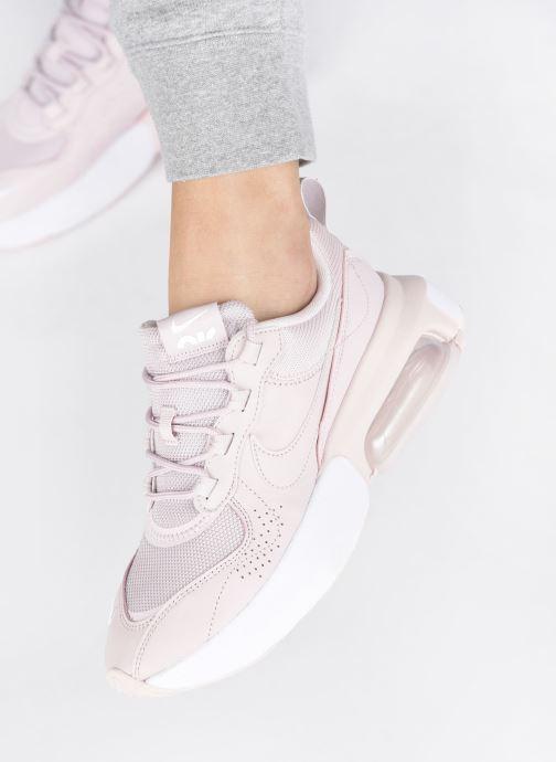 Sneaker Nike W Air Max Verona rosa ansicht von unten / tasche getragen