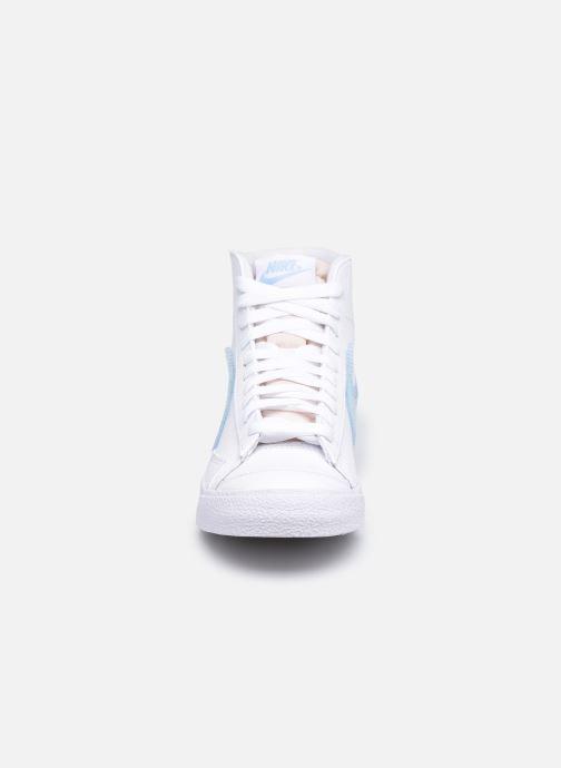 Nike Baskets - Wmns Nike Blazer Mid '77 (Blanc) - Baskets chez ...