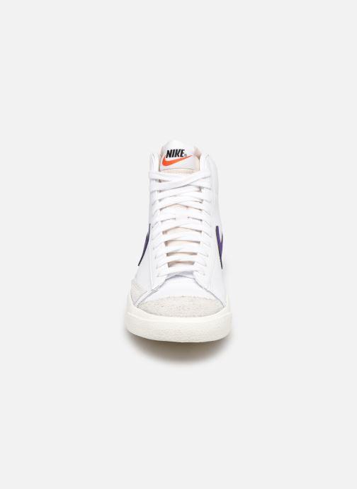 Baskets Nike W Blazer Mid '77 Blanc vue portées chaussures