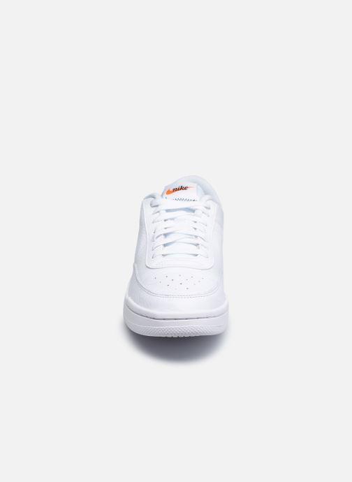 Sneaker Nike Nike Court Vintage Prem weiß schuhe getragen