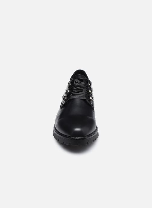 Schnürschuhe I Love Shoes THALORE schwarz schuhe getragen