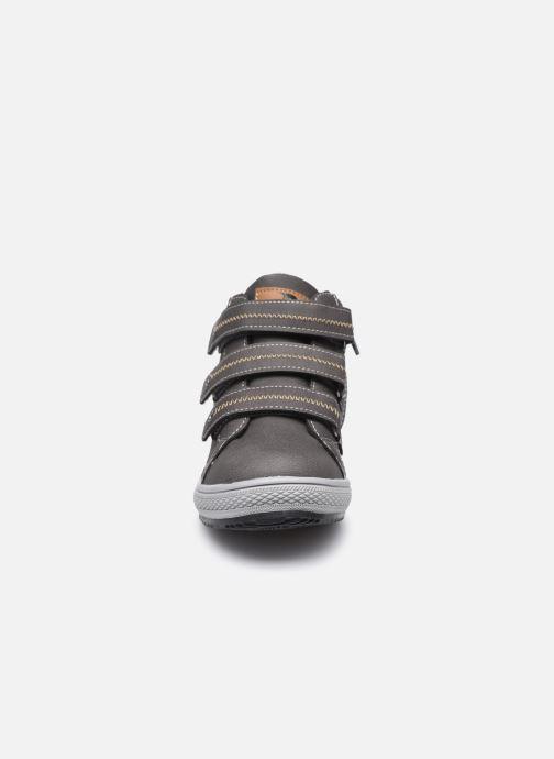 Baskets I Love Shoes THIMEO Gris vue portées chaussures