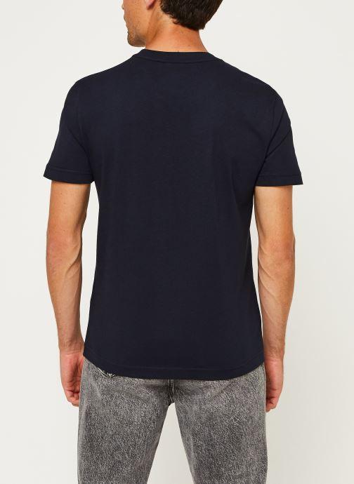 Kleding Calvin Klein Cotton Chest Logo T-Shirt Blauw model