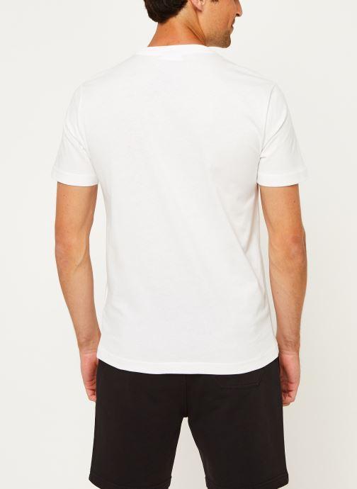 Kleding Calvin Klein Cotton Front Logo T-Shirt Wit model