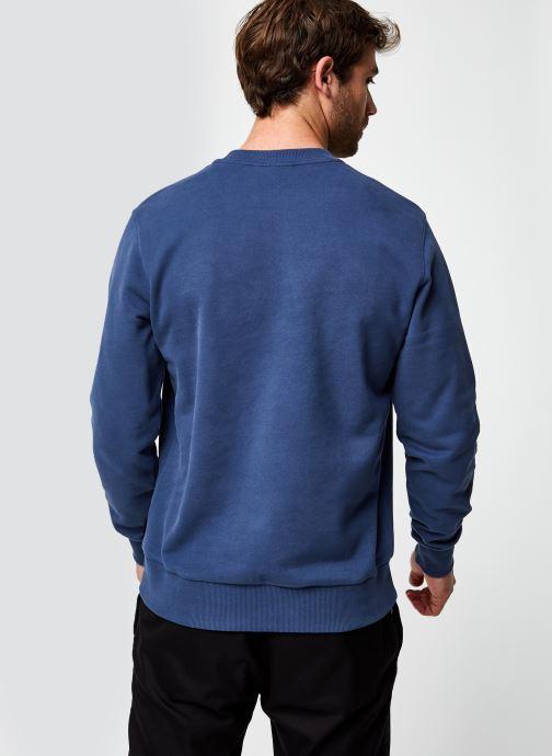Vêtements Calvin Klein Logo Embroidery Sweatshirt Bleu vue portées chaussures