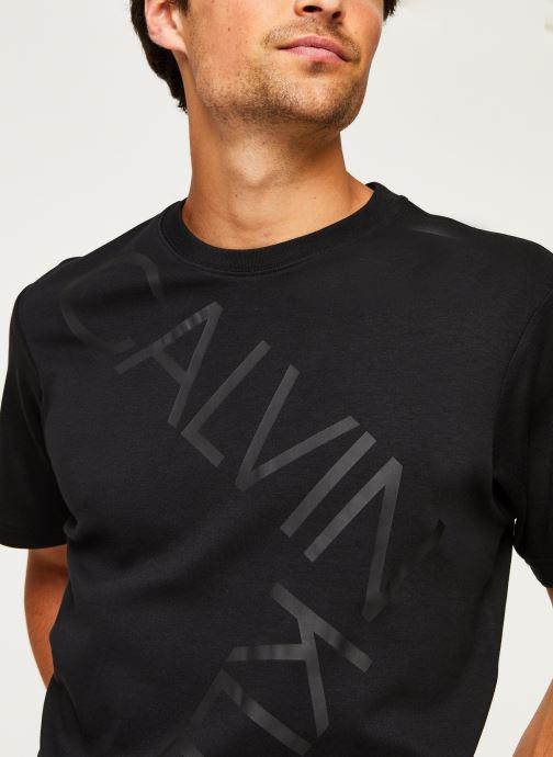 Kleding Calvin Klein Bold Logo Relax T-Shirt Zwart voorkant