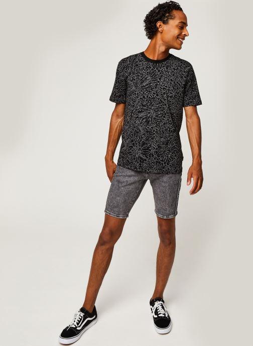 Kleding Calvin Klein Allover Print Camo Lines T-Shirt Zwart onder