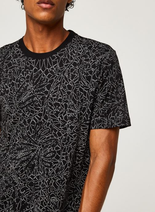Kleding Calvin Klein Allover Print Camo Lines T-Shirt Zwart voorkant