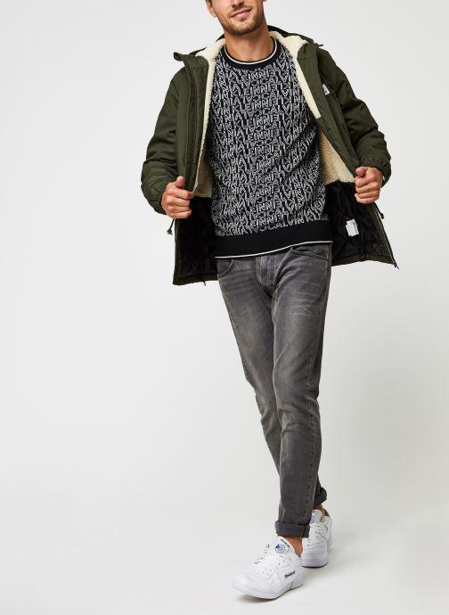 Kleding Calvin Klein All Over Jacquard Logo Sweater Zwart onder