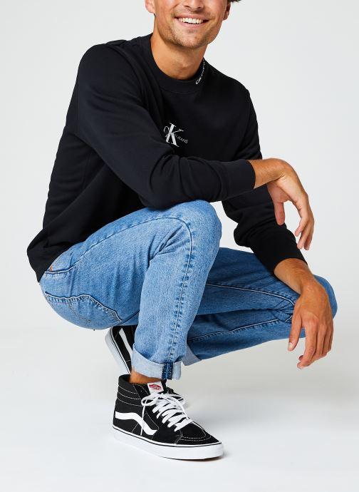 Vêtements Calvin Klein Jeans Center Monogram Crew Neck Noir vue bas / vue portée sac
