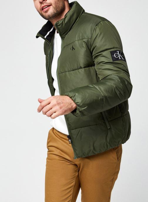 Kleding Calvin Klein Jeans Puffer Jacket Groen detail