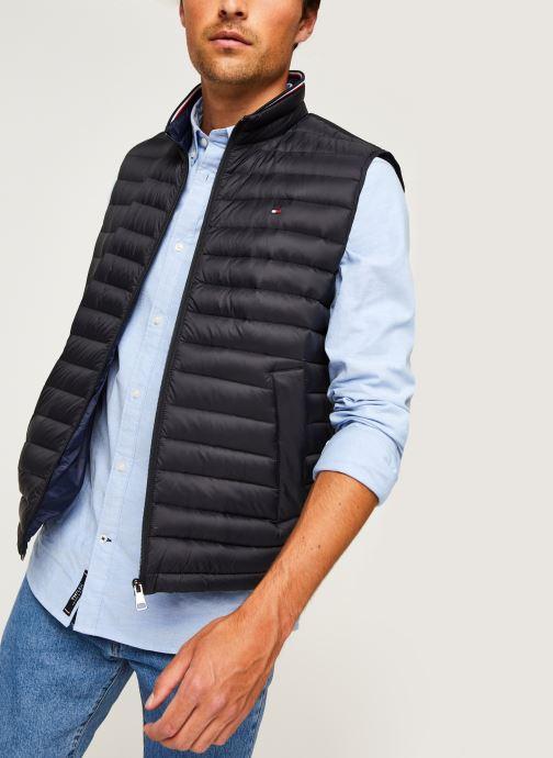 Vêtements Tommy Hilfiger Core Packable Down Vest Noir vue détail/paire