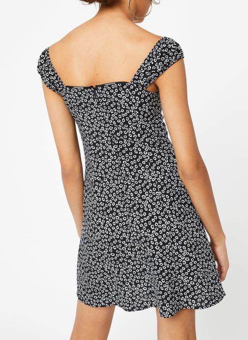 Vêtements Calvin Klein Jeans Off Shoulder Floral Dress Noir vue portées chaussures