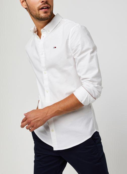Vêtements Tommy Jeans TJM Slim Stretch Oxford Shirt Blanc vue détail/paire