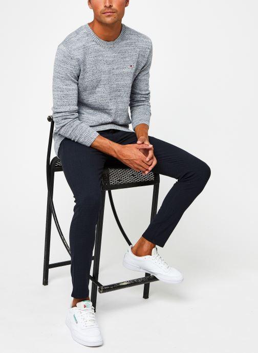 Vêtements Tommy Jeans TJM Essential Texture Sweater Gris vue bas / vue portée sac