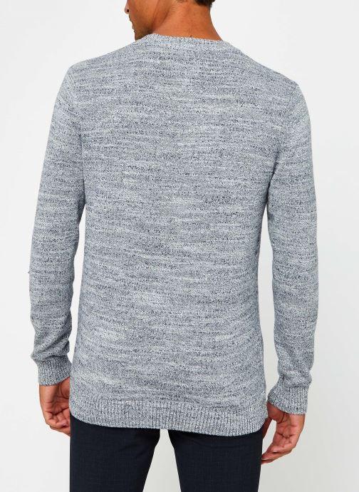 Vêtements Tommy Jeans TJM Essential Texture Sweater Gris vue portées chaussures