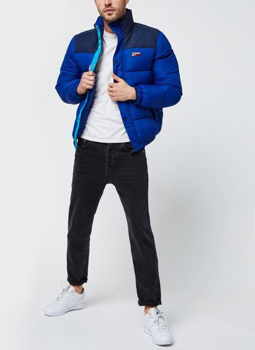 Vêtements Tommy Jeans TJM Corp Puffa Jacket Bleu vue bas / vue portée sac