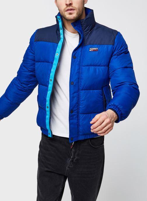 Vêtements Tommy Jeans TJM Corp Puffa Jacket Bleu vue détail/paire