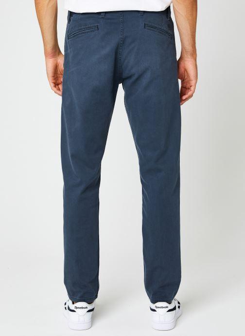 Vêtements Dockers Smart Supreme Flex - Alpha Original Tapered Bleu vue portées chaussures