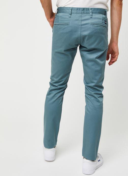 Vêtements Dockers Alpha Original Khaki - Skinny Bleu vue portées chaussures