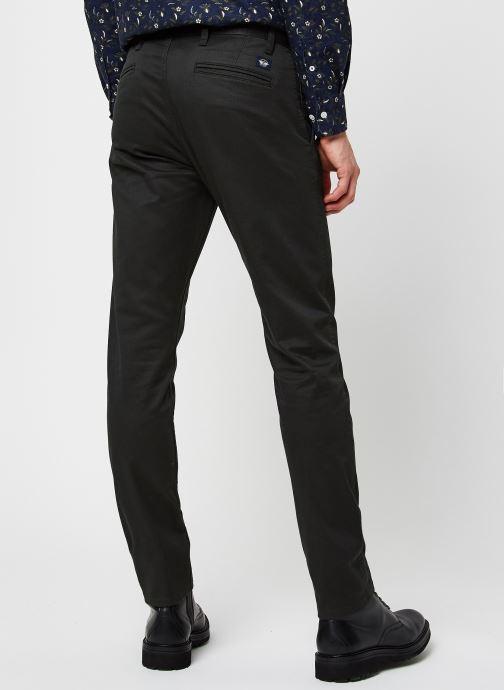 Vêtements Dockers Alpha Original Khaki - Skinny Gris vue portées chaussures