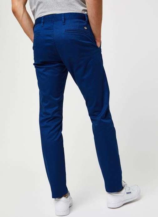 Vêtements Dockers Alpha Original Khaki - Slim Bleu vue portées chaussures