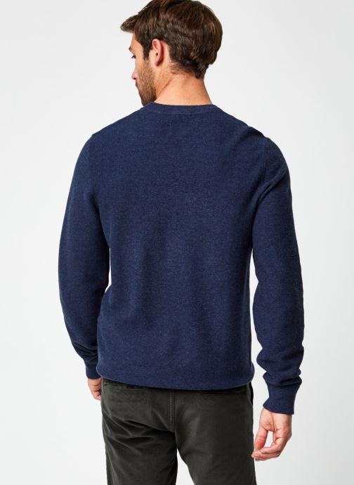 Vêtements Dockers Merino Crewneck Sweater Bleu vue portées chaussures