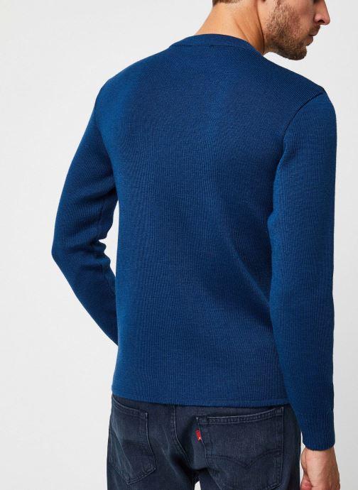 """Vêtements Armor Lux Pull marin uni """"Fouesnant"""" Homme Bleu vue portées chaussures"""