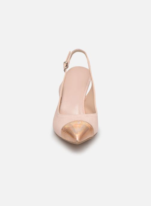 Zapatos de tacón Elizabeth Stuart RAF 624 Rosa vista del modelo