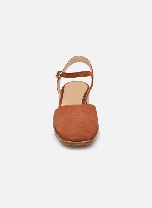Sandales et nu-pieds Anne Thomas Morris Buckle Marron vue portées chaussures
