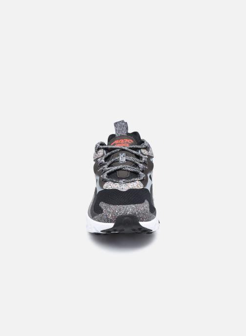 Baskets Nike Air Max 270 React Se (Gs) Noir vue portées chaussures