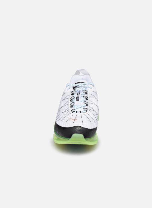 Sneakers Nike Nike Mx-720-818 Frsh (Gs) Bianco modello indossato