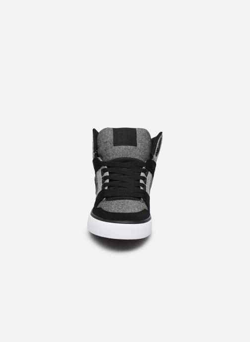 Baskets DC Shoes Pure High-Top II Gris vue portées chaussures